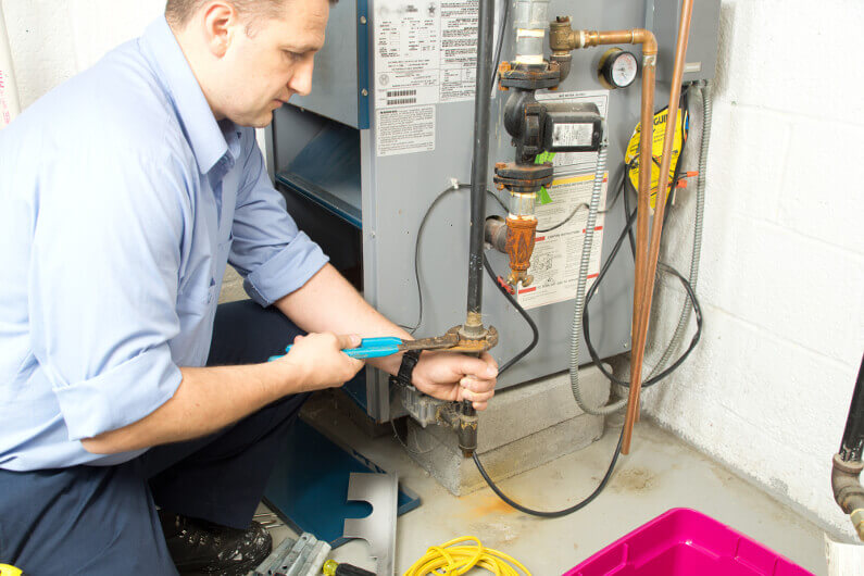 7 Signs You Need an Emergency Furnace Repair